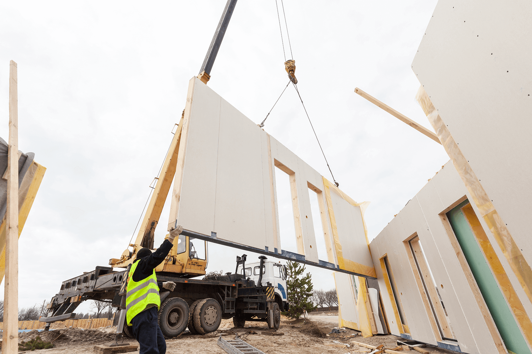 Structural Insulated Panels Help To Build